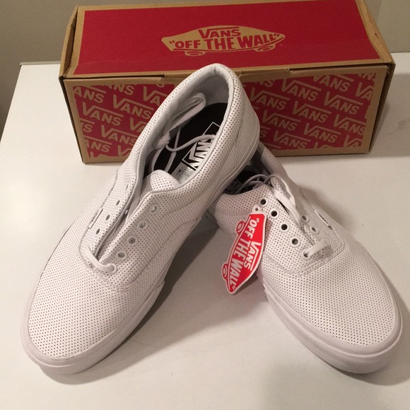 6c0cdfebd9 New Vans Perf Leather True white w  laces Sz 11 ❤️